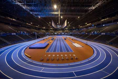 mondo running track large